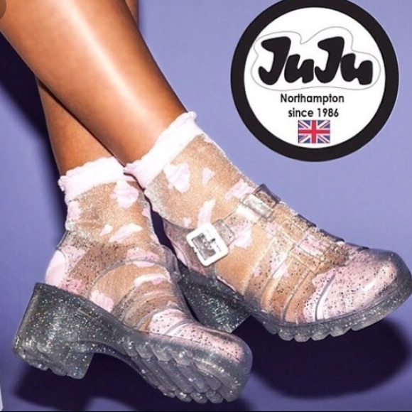 5eaa3729728646 Juju Clear Jelly Sandals size US 6. M 5b37b8499539f777bd4caa53